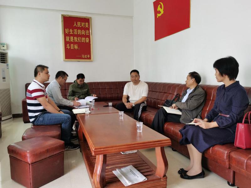 市政协副主席、市科技局局长崔锡明带队到谢鸡镇民胜村督导扶贫工作